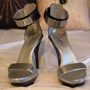Brand New sexy metal Fergie Cash heels - Size 8